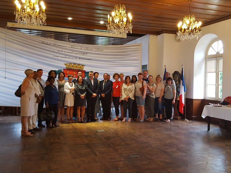 """Erasmus+ KA2 projekto """"Cooperative School Networks in Key Skills for a Sustainable and Qualified Career"""" tarptautinis partnerių susitikimas Reunjone"""