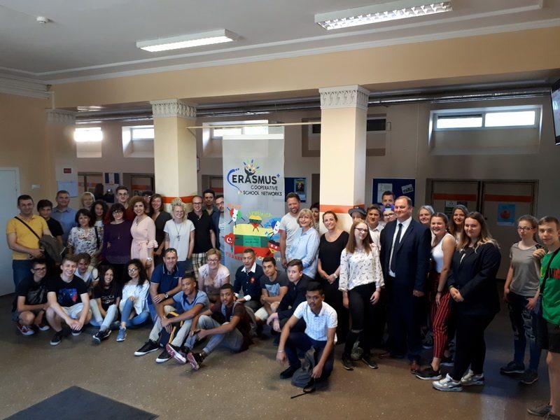 "Erasmus+ KA2 projektas ""Cooperative School Networks in Key Skills for a Sustainable and Qualified Career"" mokymo(si ) veiklos Lietuvoje"