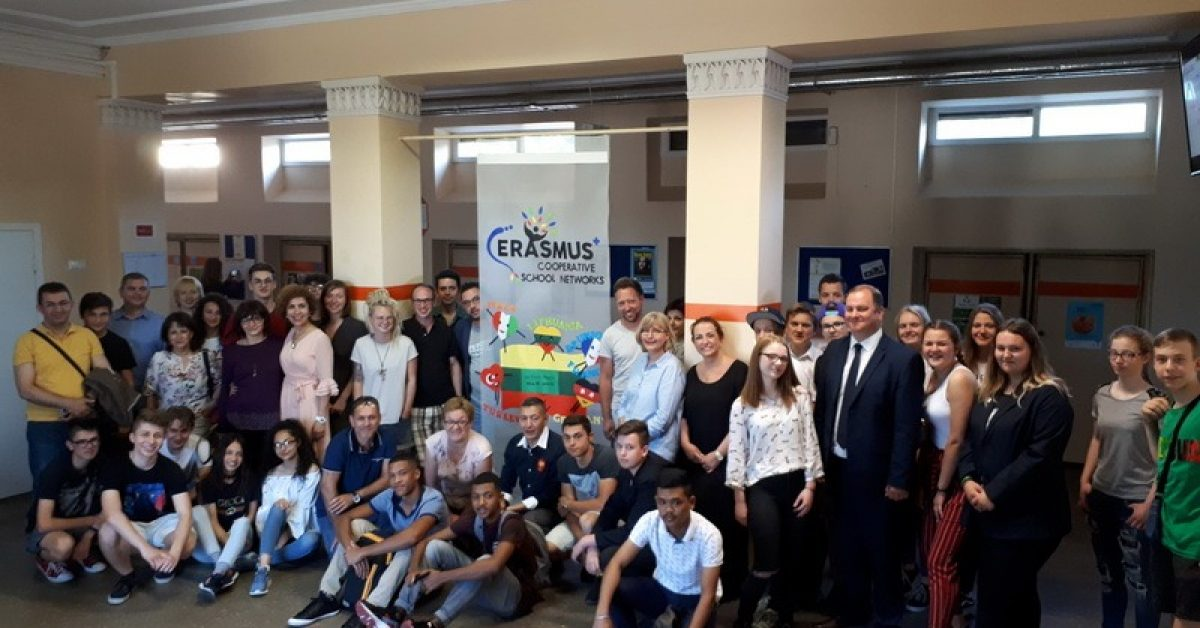 "Erasmus+ KA2 projektas ""Cooperative School Networks in Key Skills for a Sustainable and Qualified Career"" mokymo(si ) veiklos Lietuvoje"