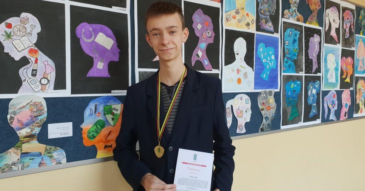 Medaliais puošiasi ne tik sportininkai, bet ir rašinio konkurso dalyviai