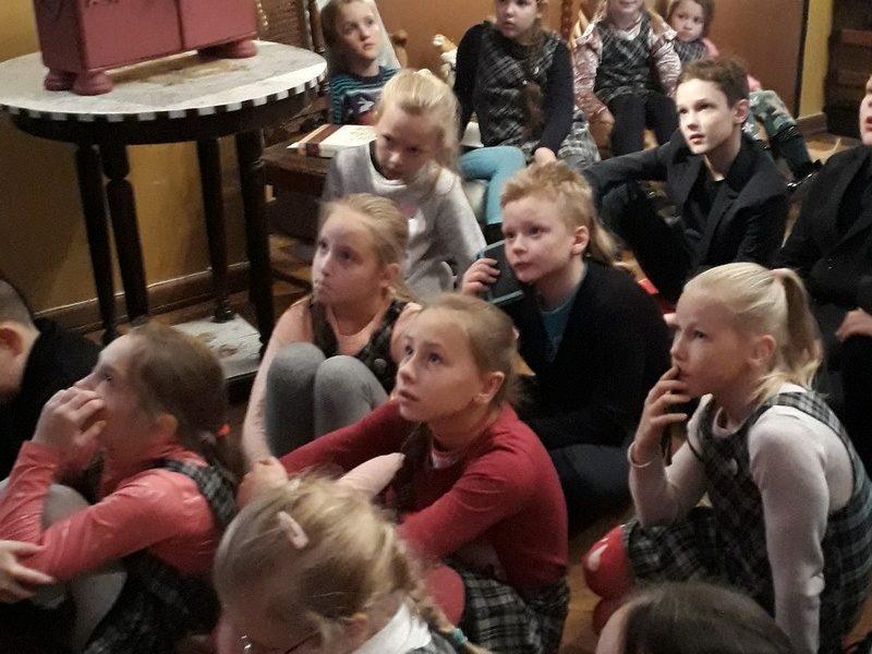 """Interaktyvi ekskursija """"Pasaka pasaką veja"""" Vaikų literatūros muziejuje"""