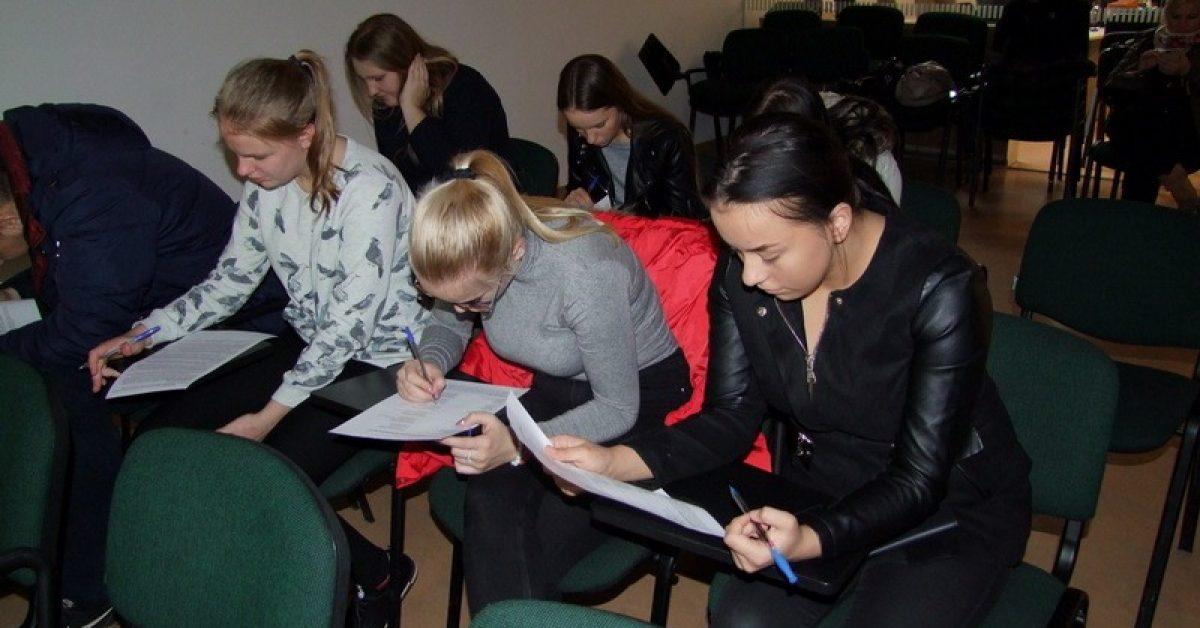 """Seminaras """"Jaunimo situacija darbo rinkoje iššūkiai ir galimybės. Darbo paieškos pradžiamokslis"""""""