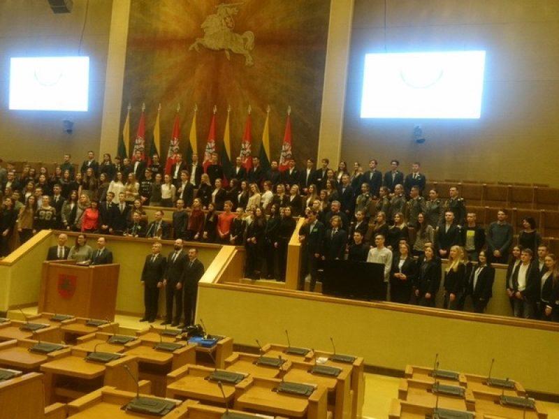 Imitacinis moksleivių renginys LR Seime