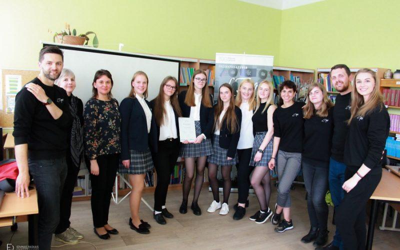 """Respublikinio projekto """"LT1918"""" renginys Kauno Veršvų gimnazijoje  """"Šimtmečio tiltas"""""""