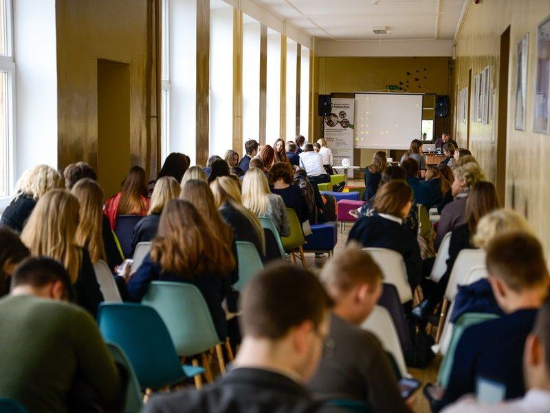 Respublikinė verslumo konferencija Kauno Veršvų gimnazijoje