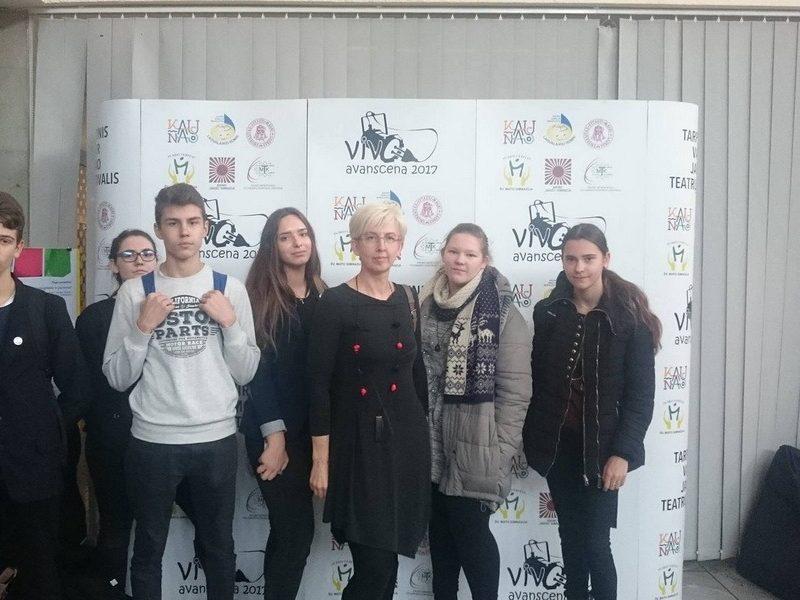 """Išvyka į tarptautinį vaikų ir jaunimo teatrų festivalį  """"Vivo Avanscena"""""""