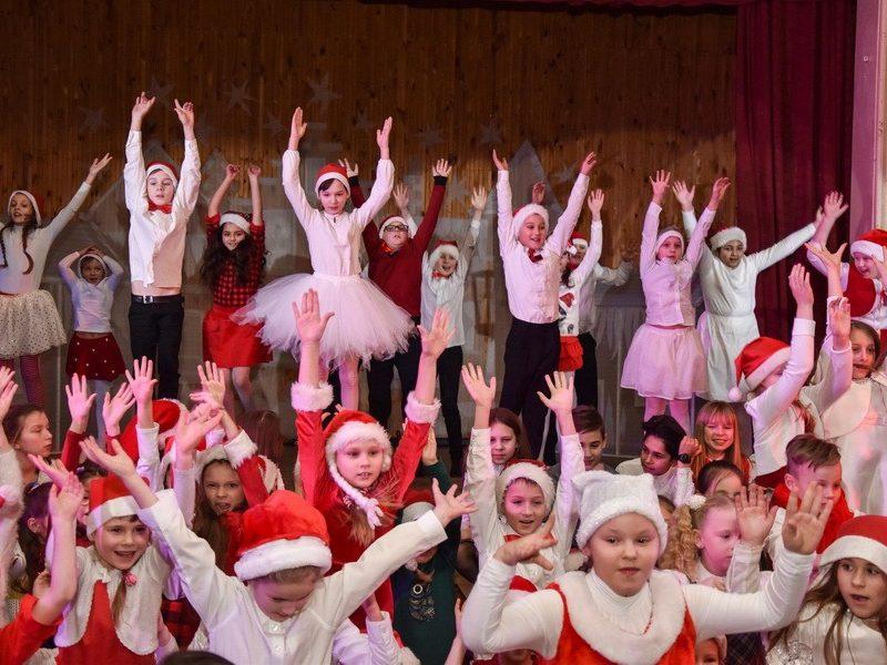 Kalėdinis Veršvų gimnazijos renginys