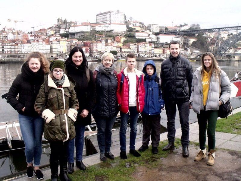 """Erasmus+ KA2 tarptautinio projekto """"Art, Technology &Sport keep me bound to my School"""" mokymo/si veiklos Barcelos, Portugalijoje"""